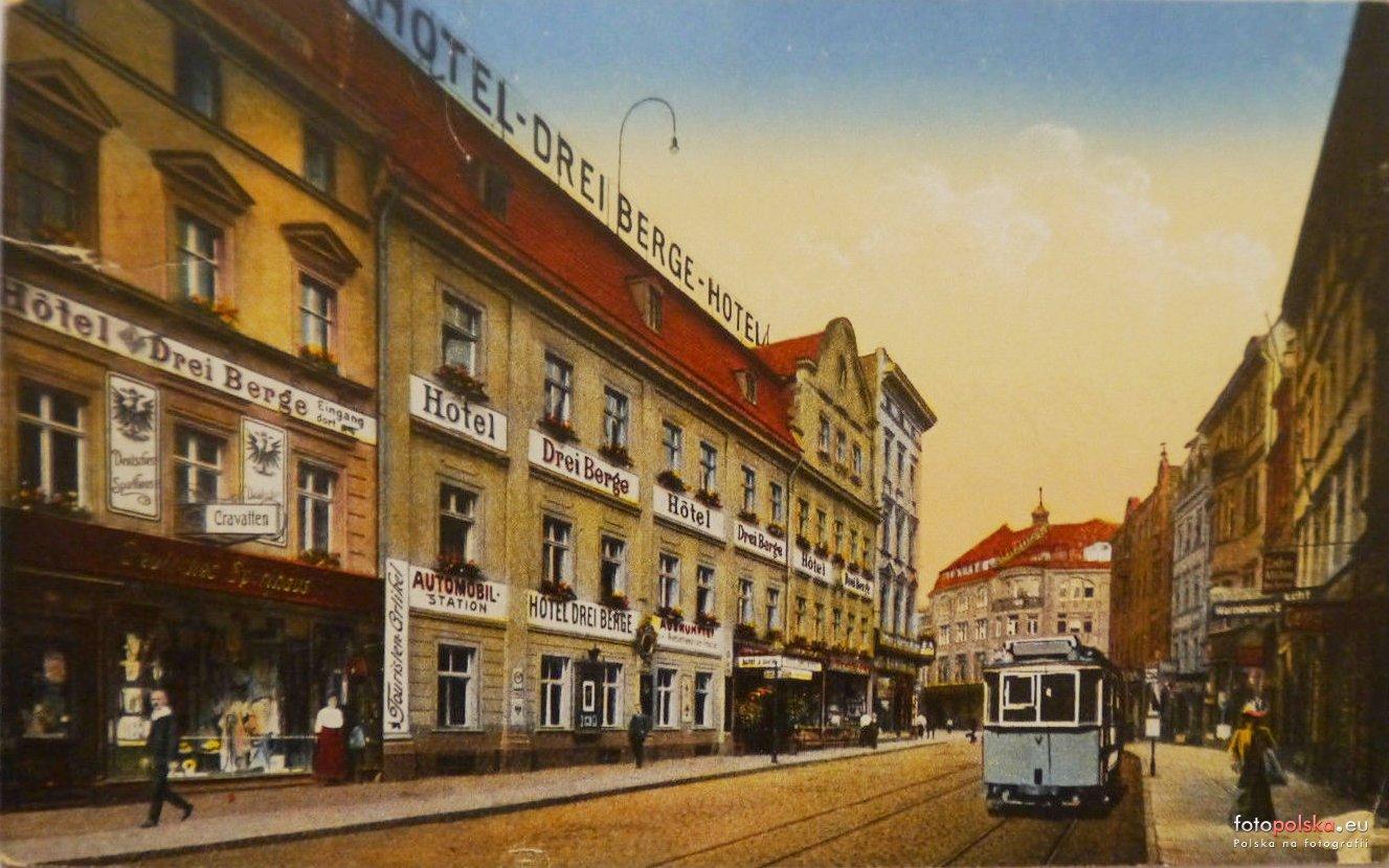 Hotel Europa dawniej - tramwaj na ul. 1-go Maja